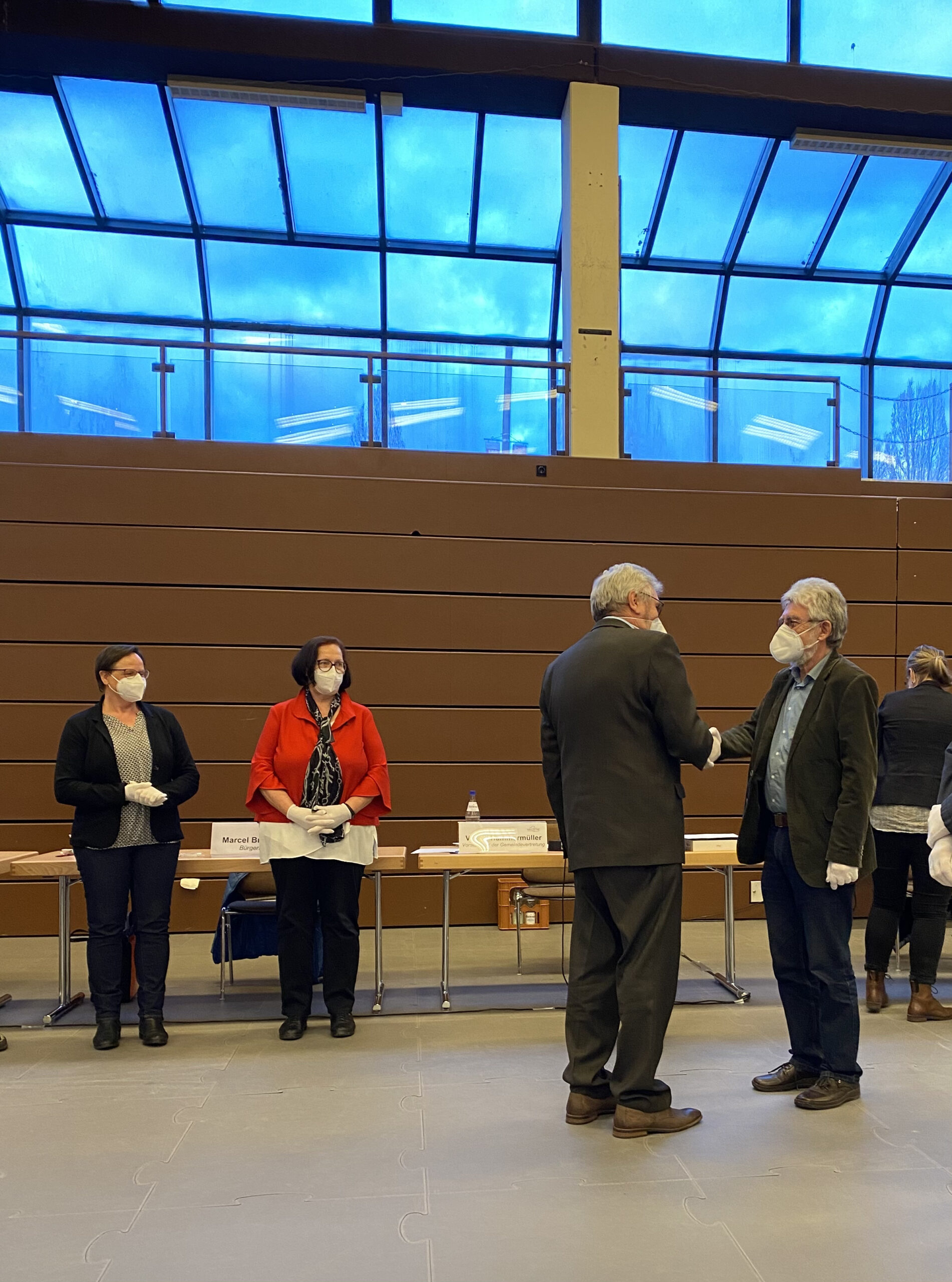 Die Beigeordneten wurden von Volker Hammermüller beglückwünscht